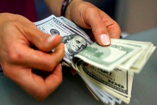 دلار روی سد مقاومتی ایستاد، یورو 13.600 تومان شد